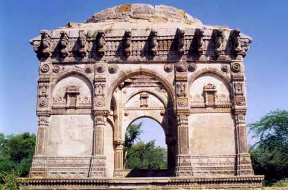Champaner pavagadh archaeological park ministry of for Archaeological monuments in india mural paintings