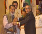 Gandhi Peace prize for the year 2013 To Shri Chandi Prasad Bhatt 8